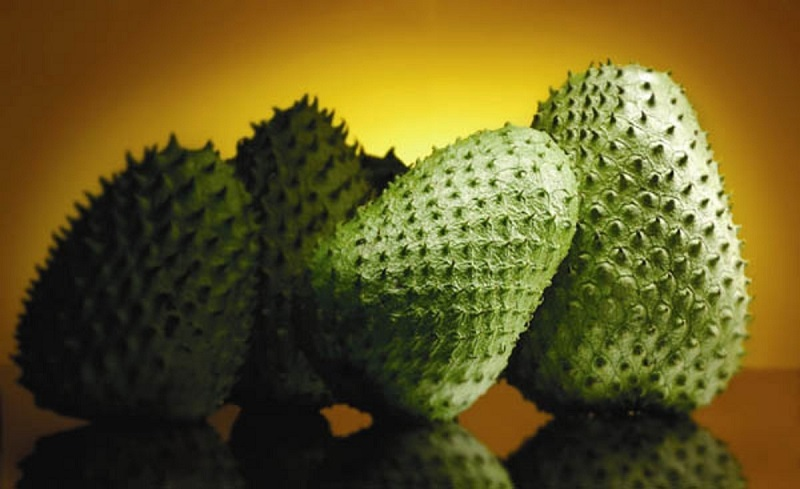 soursop-natural-cancer-killer-10000-times-stronger-than-chemotherapy