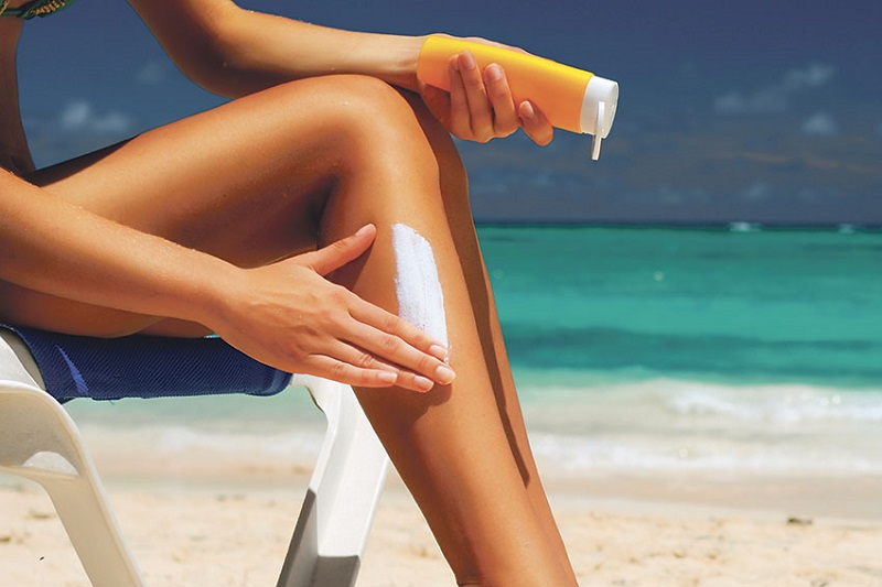 Teenagers-In-The-US-Defies-The-Importance-Of-Sunscreen